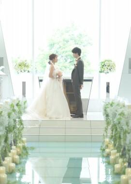【チャペル・神殿・ガーデン撮影無料開放】結婚式場で撮れる人気のフォトウェディング